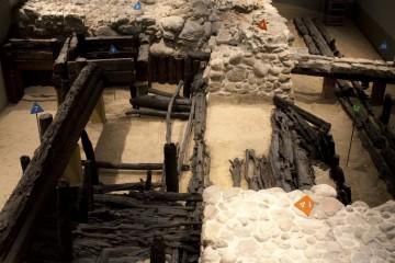 Blick in die Ausgrabung im Archäologischen Fenster, Foto: Zitadelle Berlin, Joanna Kosowska
