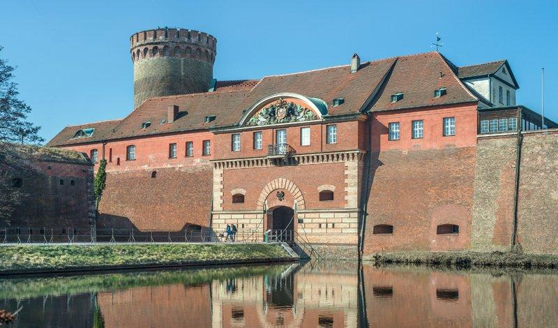 The Commander's House with the Julius Tower in the background, photo: Citadel Berlin, Friedhelm Hoffmann