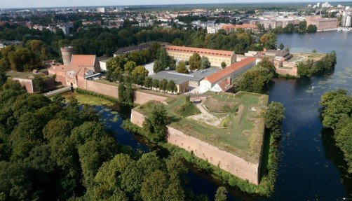 Aerial photograph of the Citadel, photo: Citadel Berlin, firm airdolly